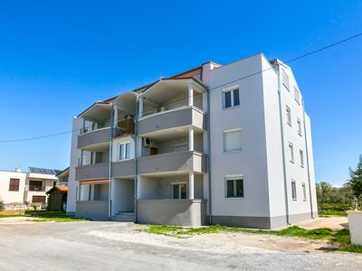 Photo for Holiday apartment Medulin for 1 - 5 persons with 2 bedrooms - Holiday apartment