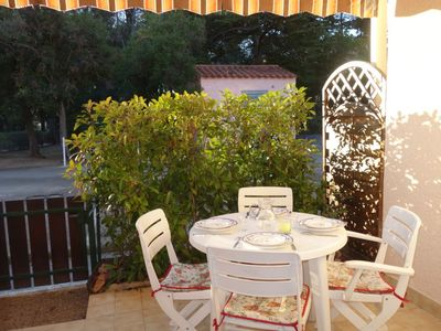 Photo for One bedroom Apartment, sleeps 4 in Bandol AOC with WiFi