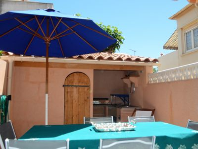 Photo for Charming holiday home 50 meters from the beach