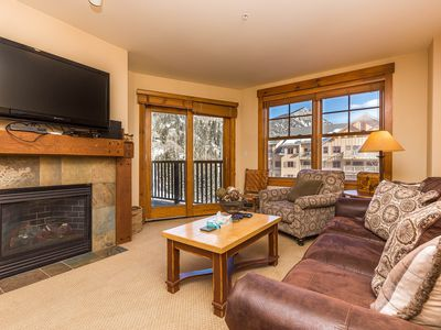 Updated River Run Condo, Master Suite w/King Bed, Mountain Views, Free WIFI