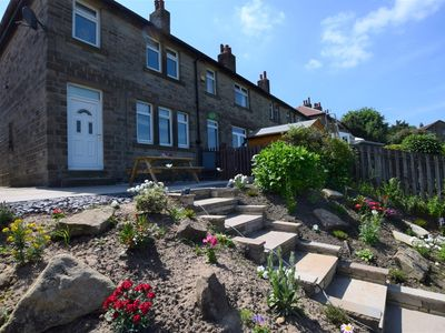 Photo for 2 bedroom Cottage in Holmfirth - 54708