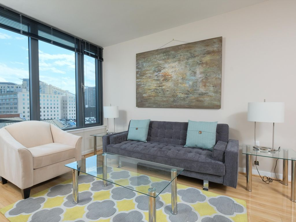 Perfect Luxury Apartments In Downtown Bethesda Short Drive From Walter Reed  National Military Medical Center   Luxury 2 Bedroom Apartments In Downtown  Bethesda
