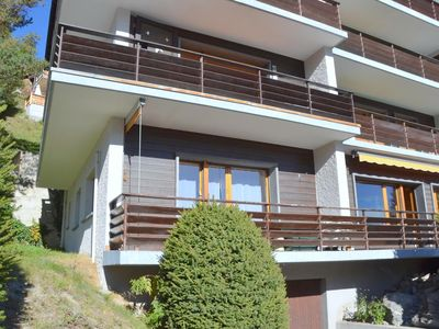 Photo for Outside : flat for 2 persons on the ground floor of an apartment house with elelvator, balcony -Insi