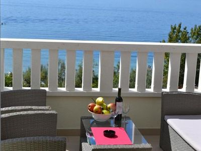 Photo for Holiday apartment Dugi Rat for 2 - 4 persons with 1 bedroom - Holiday apartment in a villa