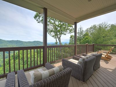 Photo for Wow! Stay in style in North Asheville. Check out the views from the deck! Includes Biltmore.