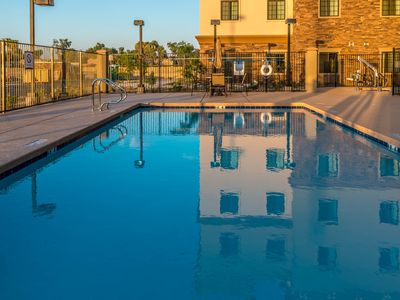 Photo for Amazing Central Location | Outdoor Pool + Hot Tub + FREE Breakfast