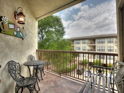 Photo for Comal River Access and Walking Distance to SCHLITTERBAHN