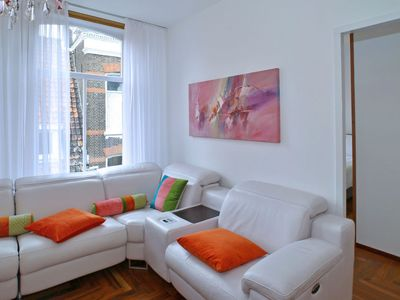 Photo for Apartment Family Suite in Delft - 4 persons, 2 bedrooms