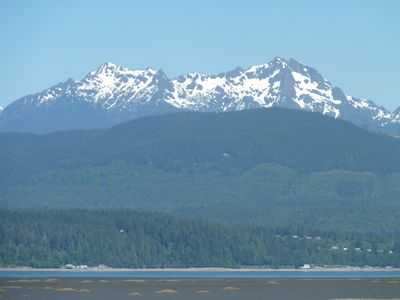 The best of Hood Canal and the Olympic Peninsula awaits you at Eagle's Nest