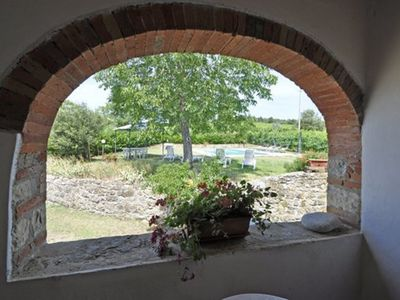 Photo for Stunning private villa with private pool, WIFI, TV, patio, pets allowed, parking, close to Arezzo
