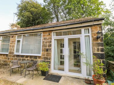 Photo for 1BR Cottage Vacation Rental in Ilkley