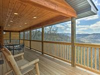 Amazing cabin with for a Gatlinburg getaway!