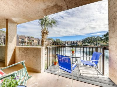 Photo for Ground floor condo w/shared heated pool, hot tub, tennis courts, and the beach!
