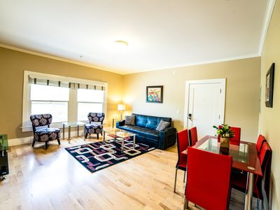 Photo for Hollywood Nights Two Bedroom Apartment