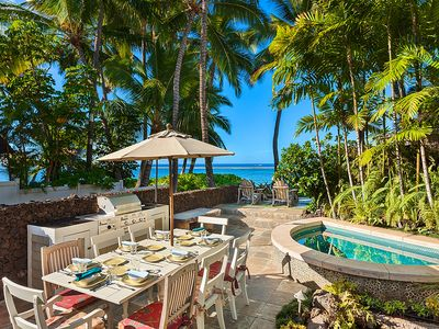 Patio dining, BBQ and spa