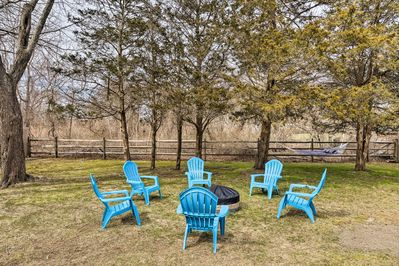 Sway on the hammock or swap stories & s'mores at the yard's private fire pit!