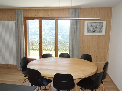 Photo for 3*, renovated 3-bedroom apartment for 7-9 people located at about 800m from the cable car. Bright li