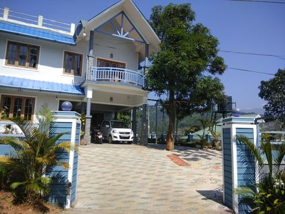 Photo for 4 Bedroom Villa with Balcony Mountain View