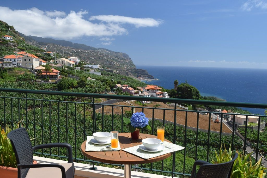 U0027Breakfast With A Viewu0027 Luxury Apartment, Beautiful Views Of Sea And  Countryside