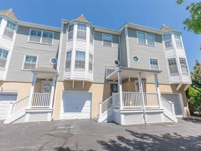 Photo for City living at the beach - Townhouse Near Everything!