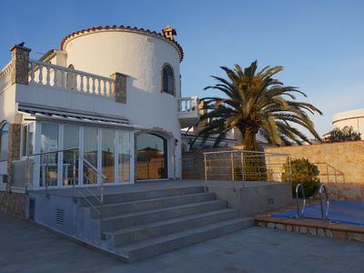 Photo for House with 3 bedrooms with mooring and pool in Empuriabrava L1123