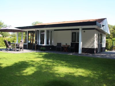 Photo for Stunning luxury bungalow with terrace and large, sunny garden (700 m2) in Twente