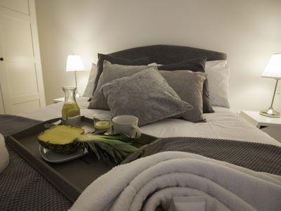 Photo for 1BR Apartment Vacation Rental in Birmingham, England