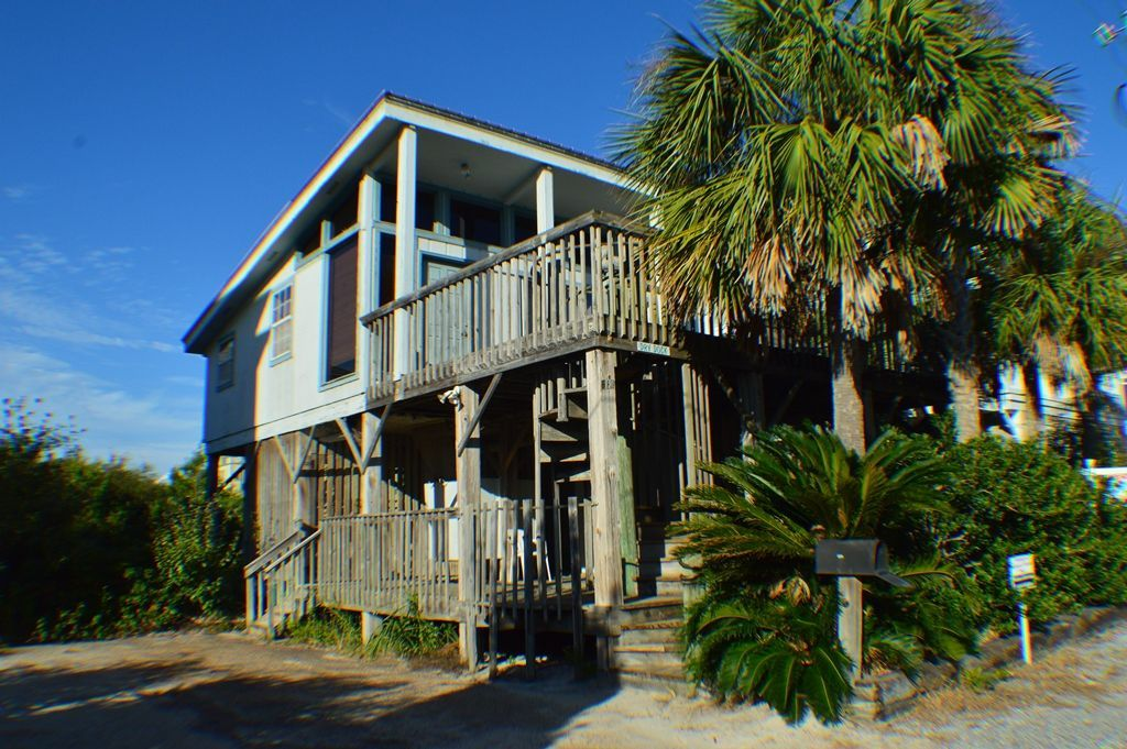 Rustic Beach Cottage In Seagrove Directly Across The Street From