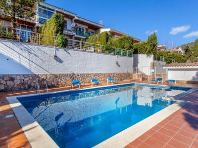 Photo for Vacation home Berganti in Tossa de Mar - 6 persons, 3 bedrooms