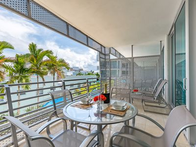 Photo for Ultra Luxury Modern 700 SF Balcony Suite overlooking Pool, Steps to Ocean
