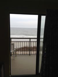 Swim, Eat, Play & Relax... Oceanfront Suite With Spectacular Views (Sleeps 6!!!)
