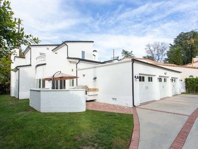 Photo for Luxurious Estate-Studio City-Universal-Hollywood