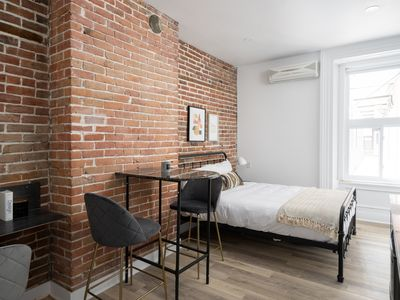 Photo for Charming 1 bed studio near UQAM