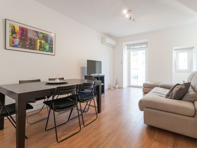 Photo for Apartment 680 m from the center of Lisbon with Internet, Air conditioning, Balcony, Washing machine (719960)
