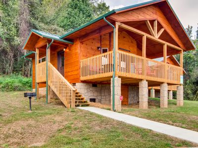 River Views at this New Pigeon Forge Log Cabin!