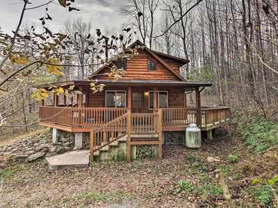 Photo for 'Hawk's Nest Cabin' w/ Views, Near Peaks of Otter