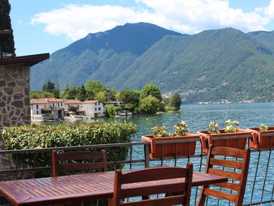 Photo for Detached villa by the lake of Lugano. Direct access. Views.