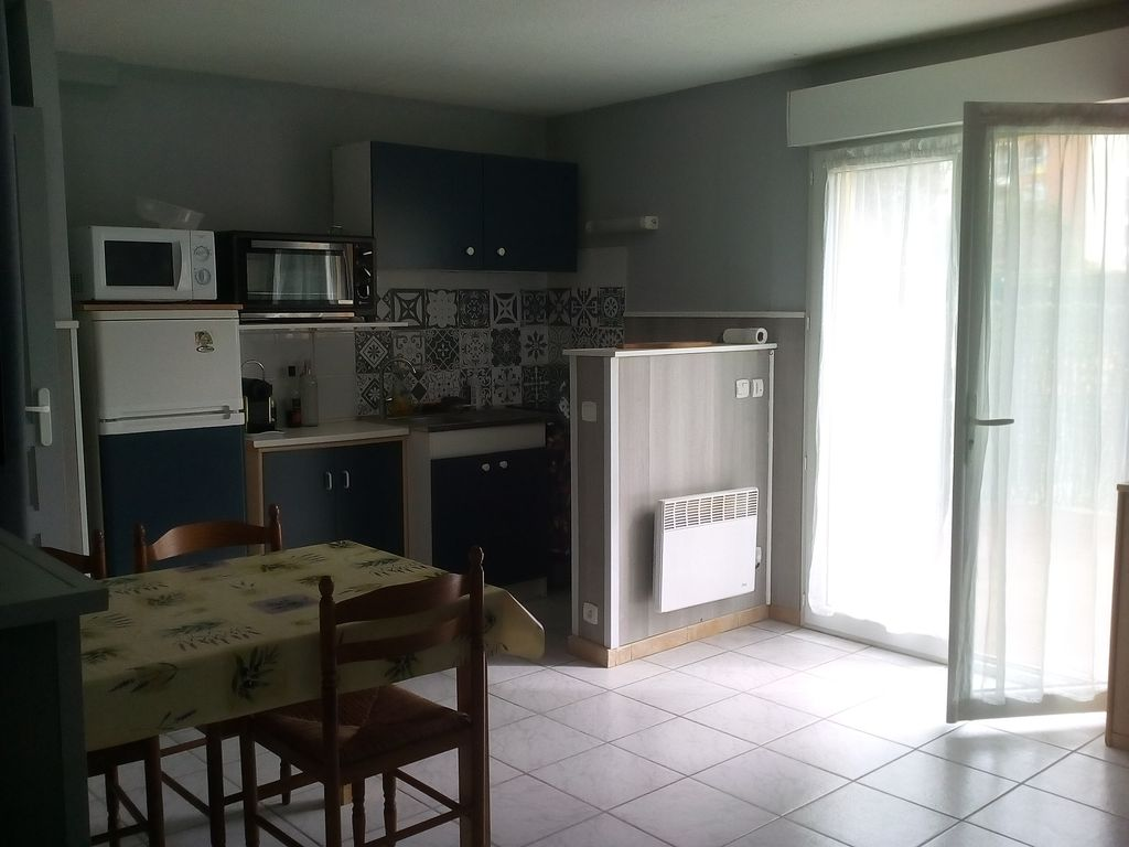 Grand studio exterieur appartement dans r sidence agde for Appartement exterieur