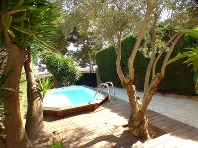 Photo for Beautiful detached house with heated above ground pool