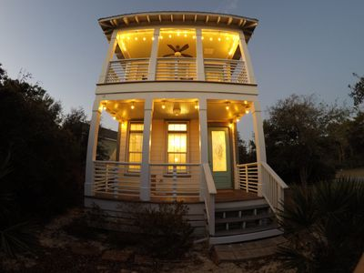 Photo for Charming Beach Cottage in Inlet Beach
