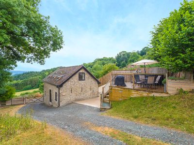 Photo for BISHOP'S CASTLE BARN, family friendly in Bishop's Castle, Ref 920166