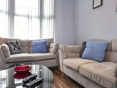 Photo for Gwladys: *Cosy*Spacious*Wifi*Clean*4 Beds