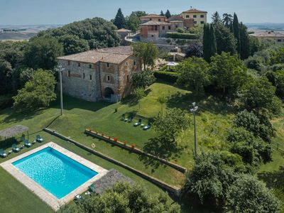 Photo for CHARMING APARTMENT IN VILLA and FARM OF RADI SIENA TUSCANY WIFI POOL