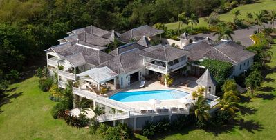 Annabella, Tryall Club- 6bd air-conditioned villa with Tryall Club access in Montego Bay