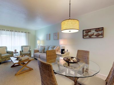 Photo for NEW LISTING! Romantic getaway w/shared pool & tennis courts, 2 blocks to beach!
