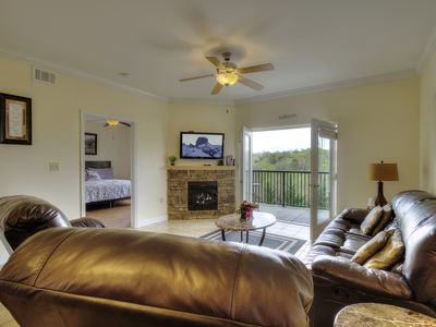 Billy's Mtn Blessing 2 King Master Suites. Indoor/Outdoor Pool, Hot tub Fireplce