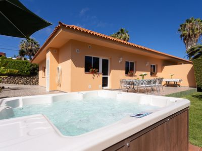 Photo for Charming Holiday Home Los Limoneros with Mountain View, Sea View, Wi-Fi, Garden, Jacuzzi, Pool & Terrace; Parking Available, Pets Allowed