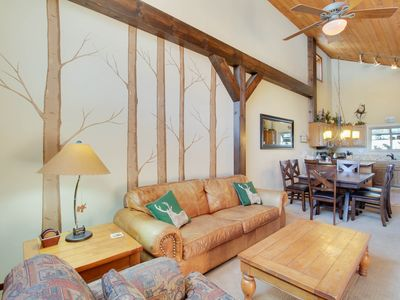 Photo for Cozy townhome near skiing w/ fireplace & shared pool/hot tub access!