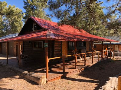 Rustic Cabin Nestled in the Pines.. Kids and Pet Friendly