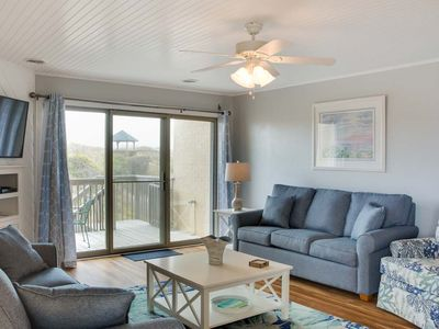 Photo for Mama's Dream: Beautiful townhome, oceanfront, community pool and tennis courts.